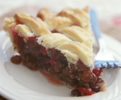Carol's Cranberry-Raisin Pie