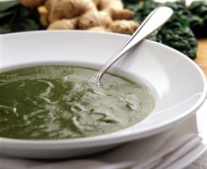 Germ-Chasing  Spinach and Garlic Soup