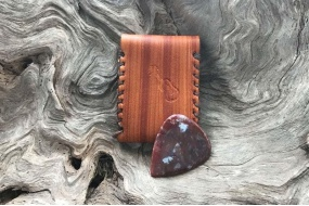 red_moss_agate_guitar_picks
