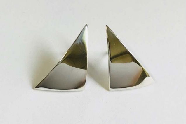 constantine_sail_stud_earrings
