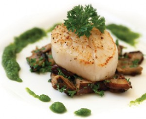 Scallops on Mushrooms with Apple Spinach Sauce
